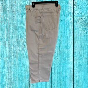 Bill Blass Jeans Capri With 5 pocket